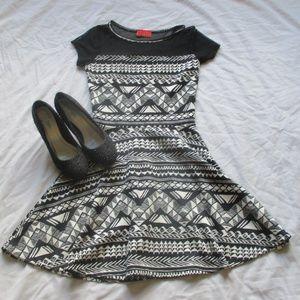 Miss Universe Black & White Pattern Dress w/ Mesh